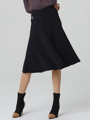 BOLD BUTTON FLARE SKIRT_BLACK