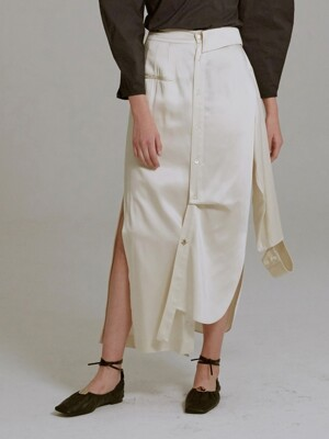 19SS ASYMMETRIC SHIRT-DETAILED SKIRT (CREAM)