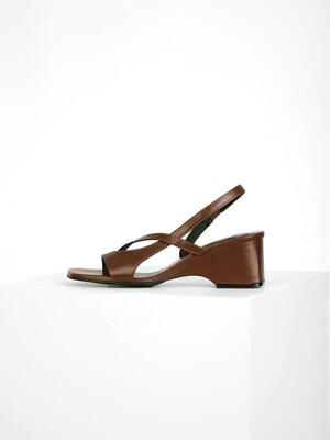 ASYMMETRY SANDAL  - BROWN
