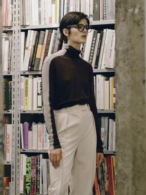 TWO-TONE OVERSIZED TUTTLE NECK_BROWN