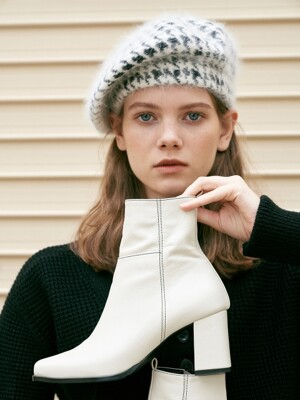 newt ankle boots - ivory