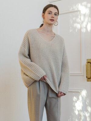 V NECK BOXY KNIT_IVORY