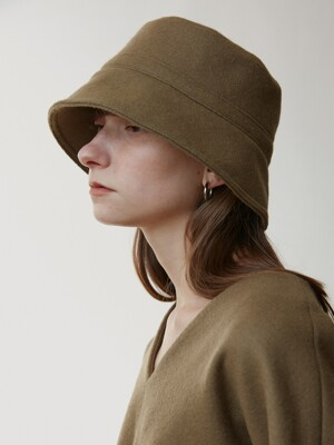 Cloud Wool Bucket Hat / Beige