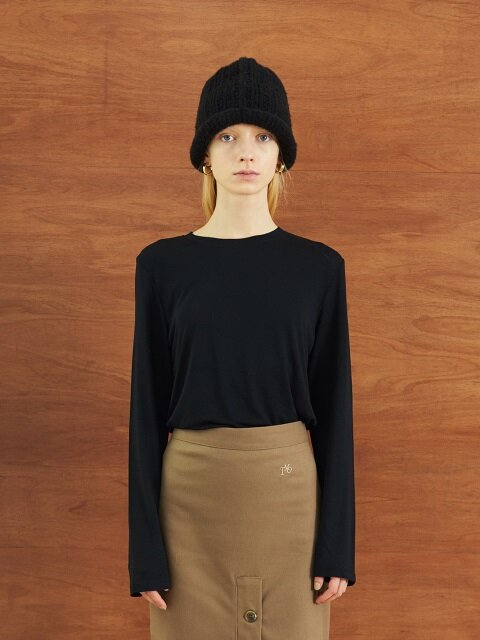 SOFT ROUND LONG SLEEVE T (BLACK)