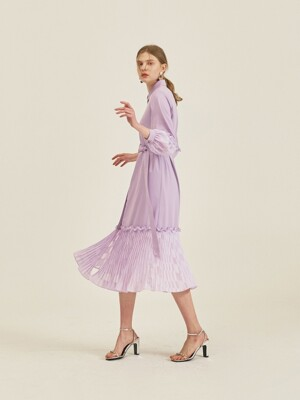 POINT SLEEVES AND PLEATS DRESS_LILAC