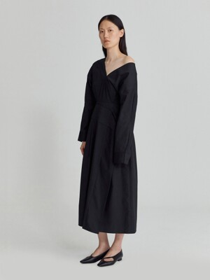 V-NECK COTTON DRESS (BLACK)
