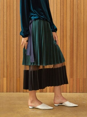 velvet pleats skirt Green