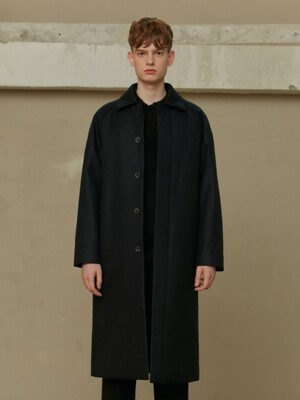 BLACK PADDED MAC COAT (TC1CTVF0805)