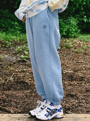 FOUR LEAF CLOVER JERSEY JOGGER PANTS BABY BLUE