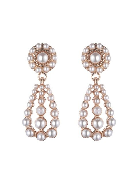 weich pearl earrings