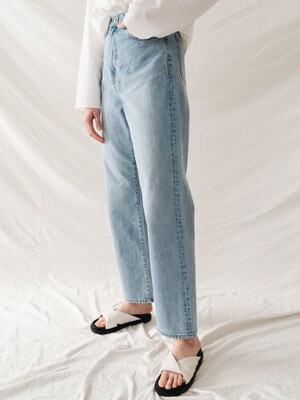 natural denim jean