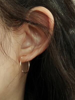 14K GOLD 18MM PIPE RING EARRING