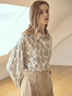 Floral Shirring Blouse SW1SB117-DW