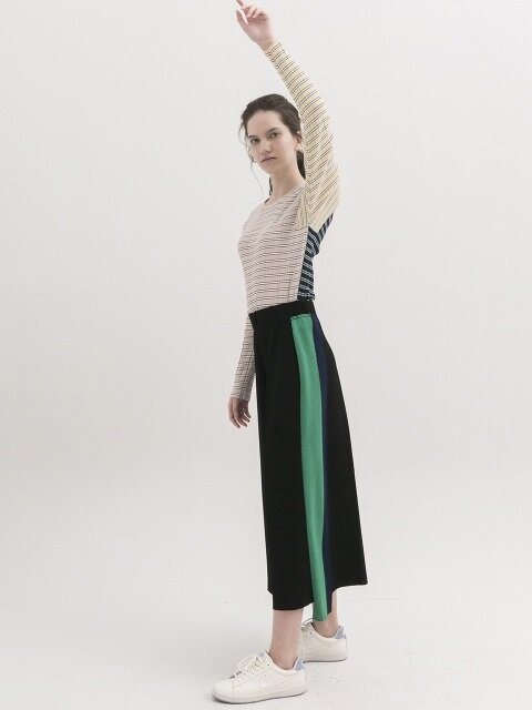 Side-Stripe Knit Wide Pants - BLACK