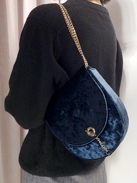 Velvet Arrondi Bag- Blue