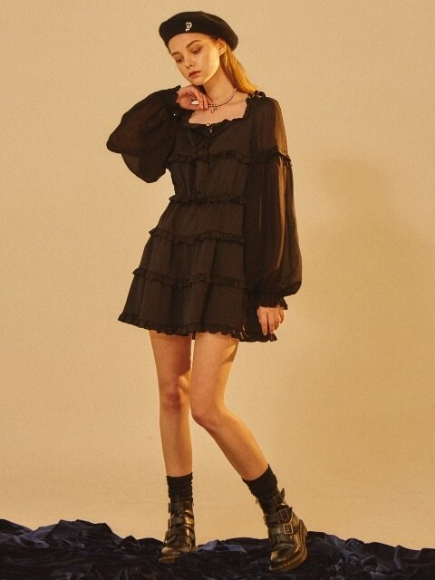 SQUARE NECK FRILL ONEPIECE black