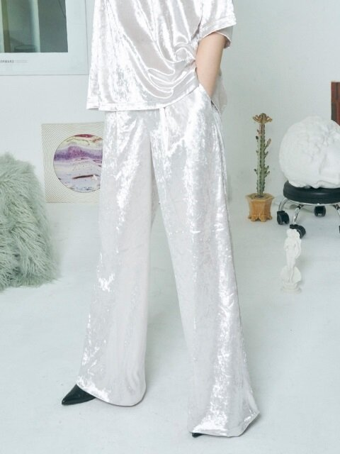 VELVET ONE TUCK PANTS [IVORY]