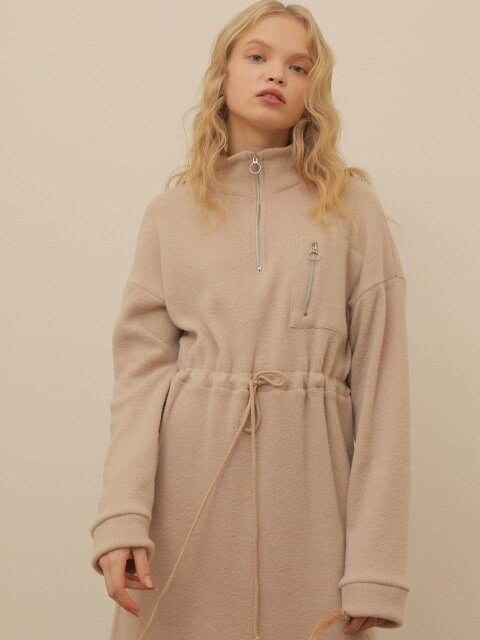 ZIPUP FLEECE KNIT ONE PIECE_BEIGE