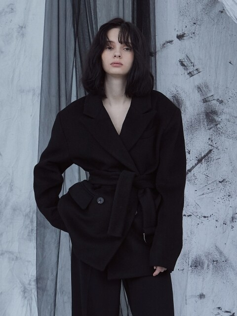D-RING BELTED WOOL COAT black