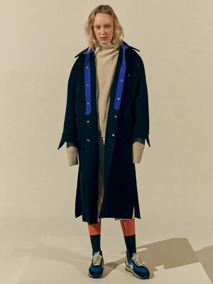 Curve Arm Scene Coat (Navy)