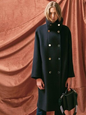 HIGH NECK OVERSIZED DOUBLE COAT. NAVY
