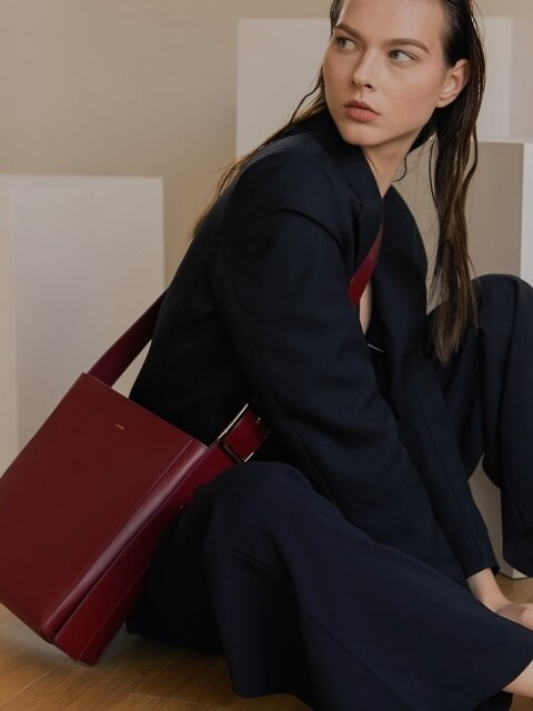 SQUARE BUCKLE BAG ROSE BURGUNDY