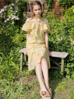HOLIDAY SHIRRING ONE-PIECE_YELLOW