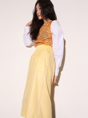Side piping midi skirt in Yellow