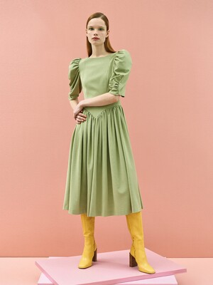 Ann Shirring Check Dress in Khaki