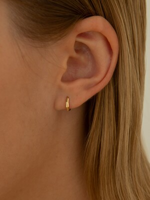14k Gold Luna Cutting Ring Earrings (14k gold) .24