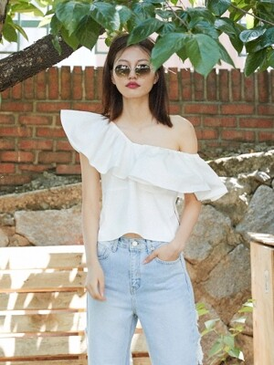 COTTON WING BLOUSE