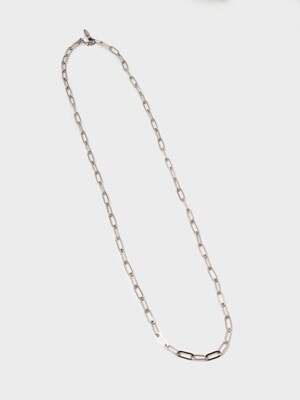 OVAL CHAIN NECKLACE (WHITE)