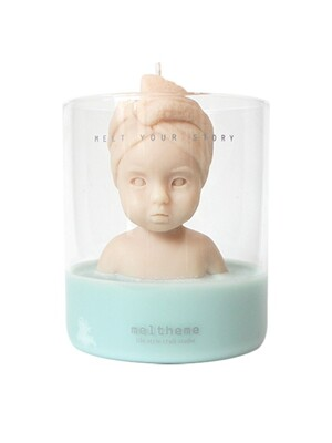 figure soy candle-Mell in the bath 2