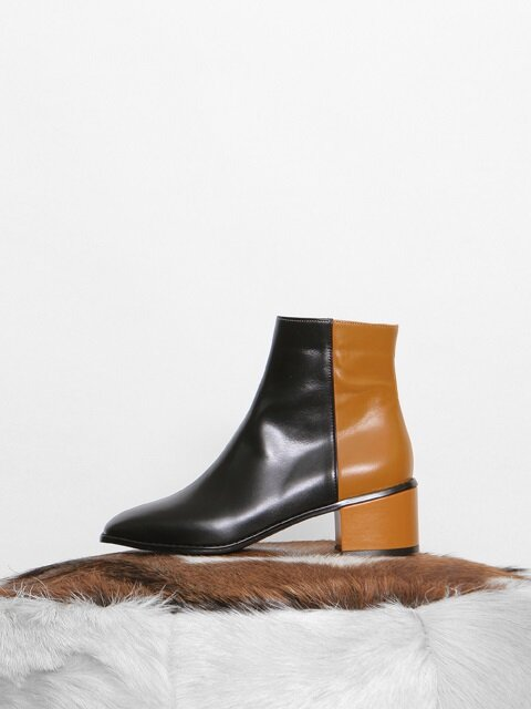 PULLUP TWO-COLOR BOOTS - BLACK + MUSTARD