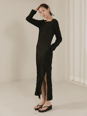 [TC20SSOP03] WRINKLE-FREE SLIT LONG DRESS