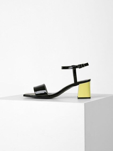 COLOR POINT SANDAL - BLACK + YELLOW