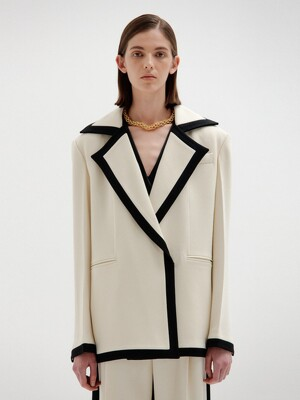 SAVOY Oversize-Collared Jacket - Ivory