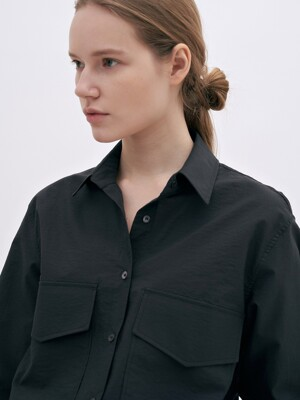oversized pocket shirt (black)