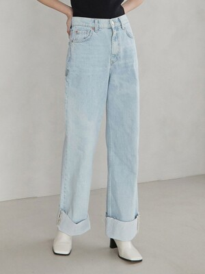 straight roll up denim pants (light blue)