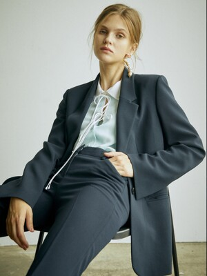 [Drama Signature] Slit Cuffs Tailored Blazer_NAVY