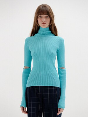 SOLLY Ribbed Knit Pullover - Sky Blue