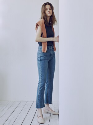 Mid-rise Bootcut Jeans_M.blue