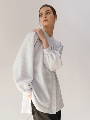 GATHERED-YORK SHIRT (WHITE STRIPE)