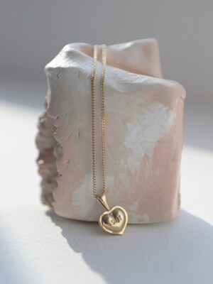 SOFT Heart Necklace_ Gold