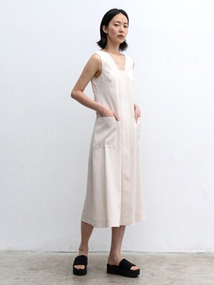 SLEEVELESS LONG DRESS (IVORY)