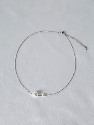 Two pearl bar necklace