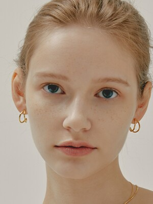two-string hoop earring