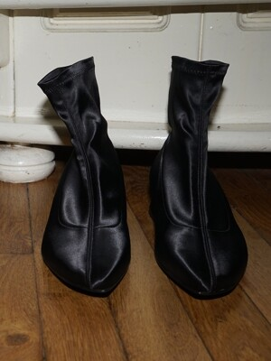 Melody Satin Socks Boots / YY9A-B09 Black satin