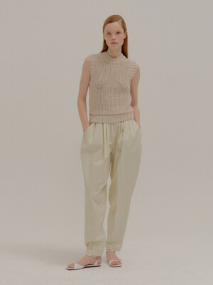 POSE Shirred Tapered Pants Light Beige