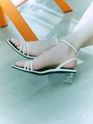 Ankle strap sandals_Off white [LMS207]